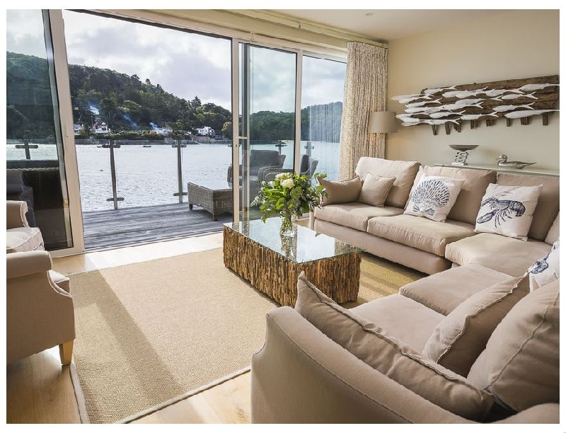Villa 1- Estura a holiday cottage rental for 8 in Salcombe,