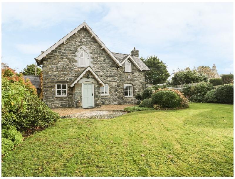 South Lodge a holiday cottage rental for 6 in Dyffryn Ardudwy,