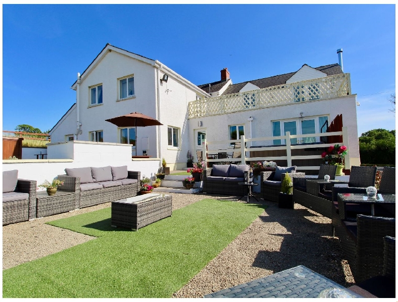 Bunny Meadows a holiday cottage rental for 14 in Bancyfelin,