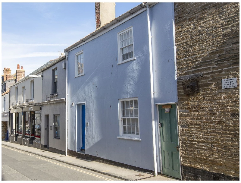29 Fore Street a holiday cottage rental for 6 in Salcombe,