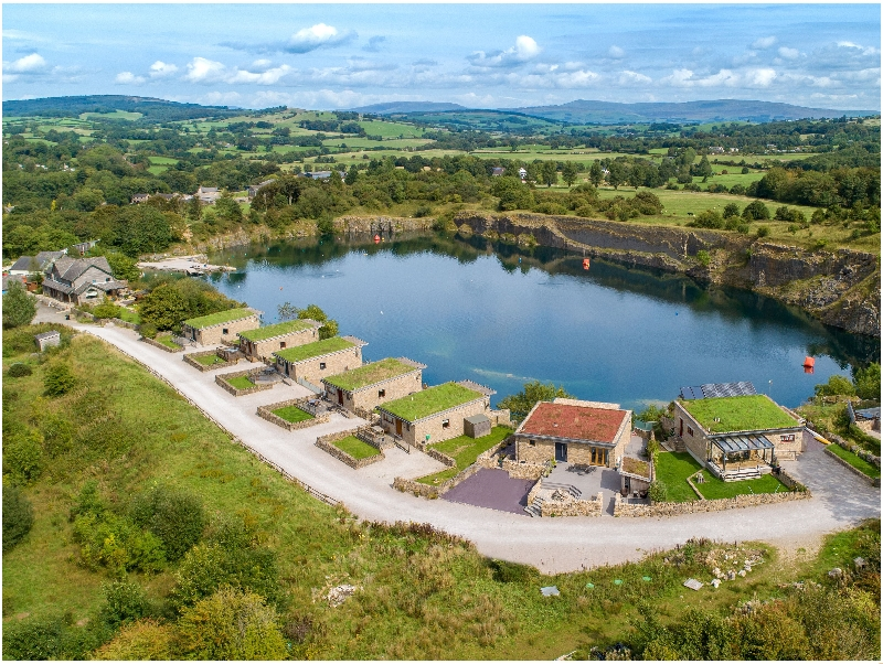 Jackdaw Quarry Retreat a holiday cottage rental for 7 in Carnforth,
