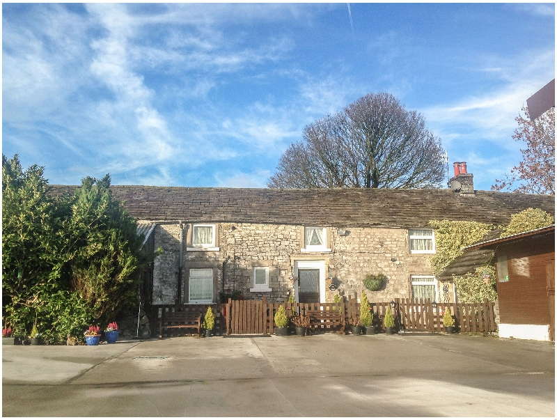 Meadow Farm a holiday cottage rental for 4 in Buxton,