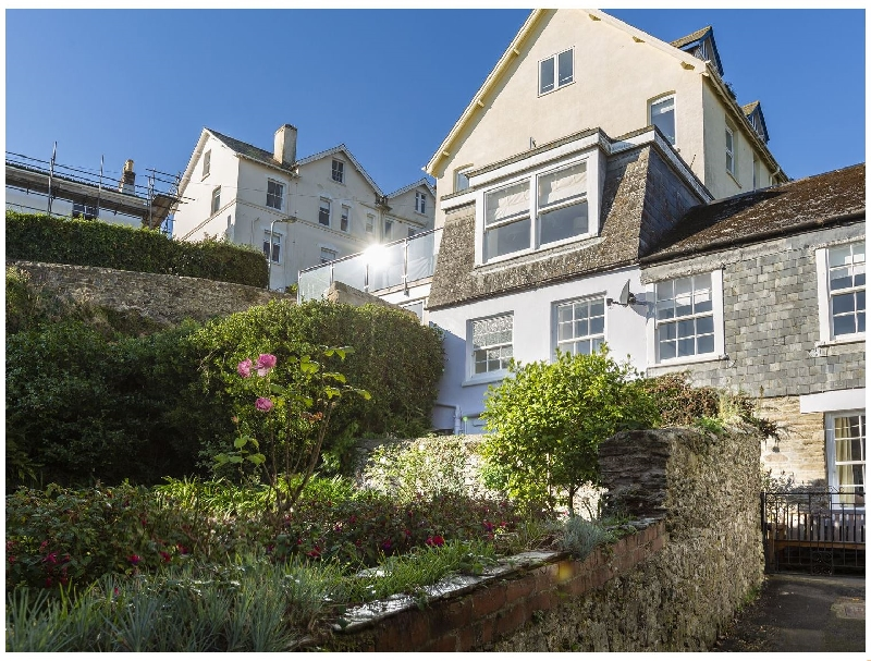 12 Robinsons Row a holiday cottage rental for 8 in Salcombe,