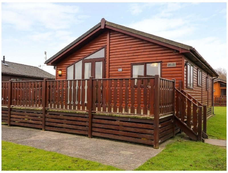 The Cedars a holiday cottage rental for 4 in South Lakeland Leisure Village,