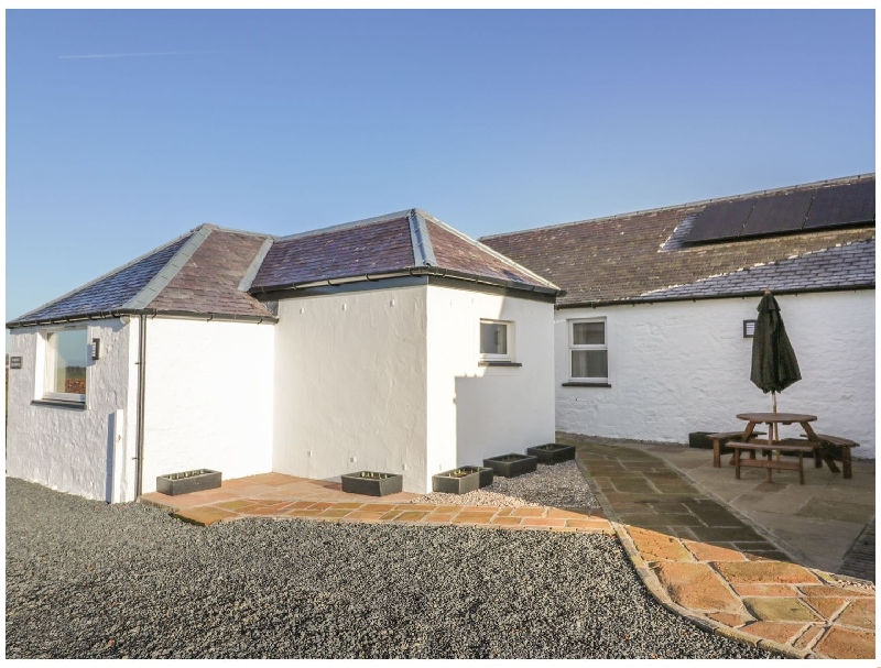 Darnhay Milk House a holiday cottage rental for 4 in Mauchline,