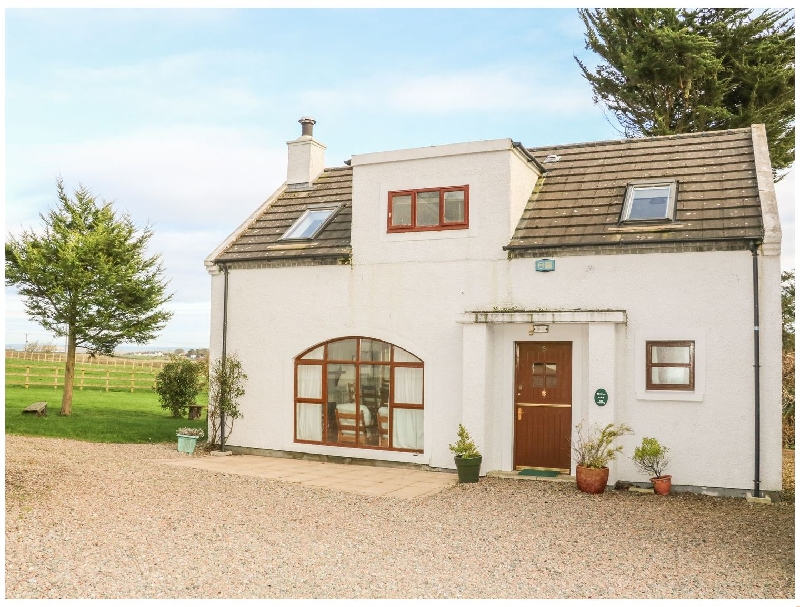 Cottage 5 a holiday cottage rental for 8 in Portrush,