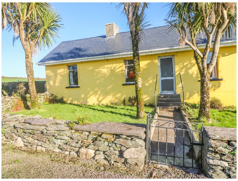 Kate's Cottage a holiday cottage rental for 4 in Knightstown,