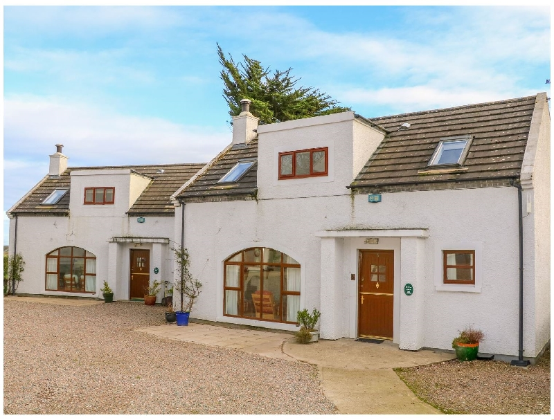 Cottage 6 a holiday cottage rental for 8 in Portrush,