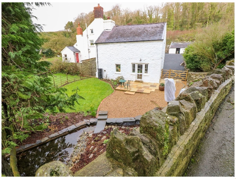 King Gaddle Cottage a holiday cottage rental for 2 in Laugharne,