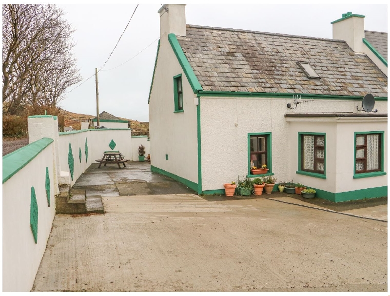 Nana's House a holiday cottage rental for 5 in Allihies,