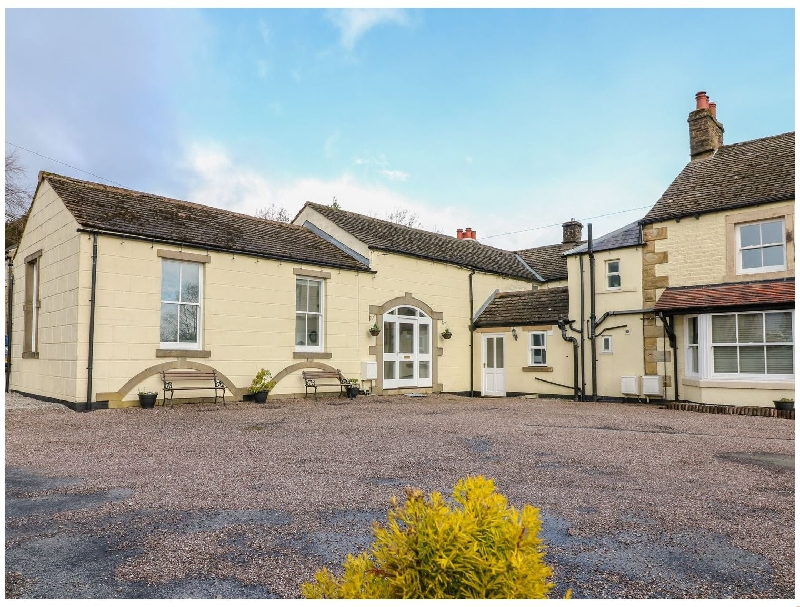 The Coach House a holiday cottage rental for 6 in Buxton,
