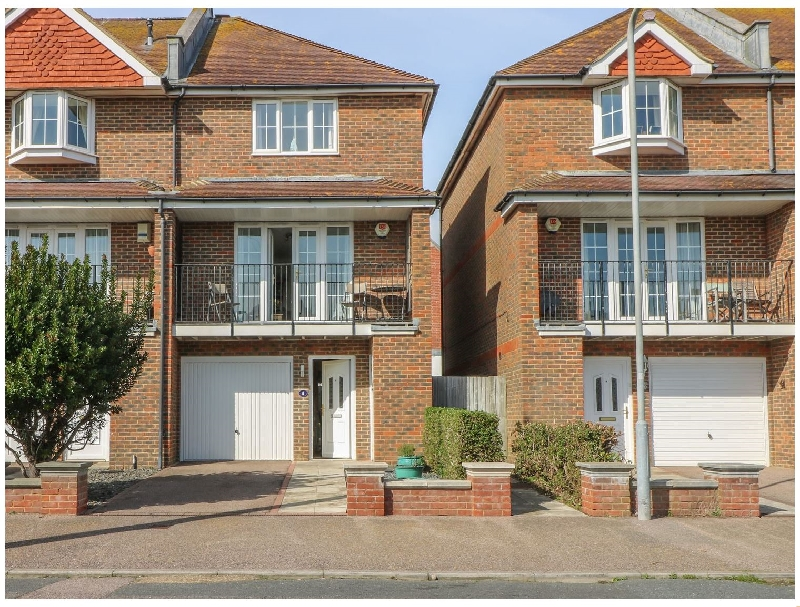 Seascape a holiday cottage rental for 6 in Bexhill-On-Sea,