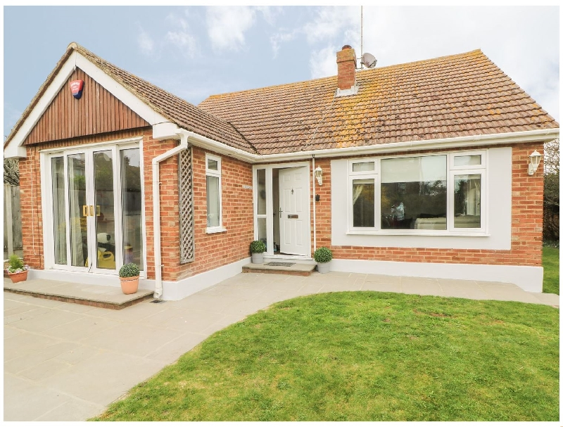 Redwood a holiday cottage rental for 8 in Broadstairs,