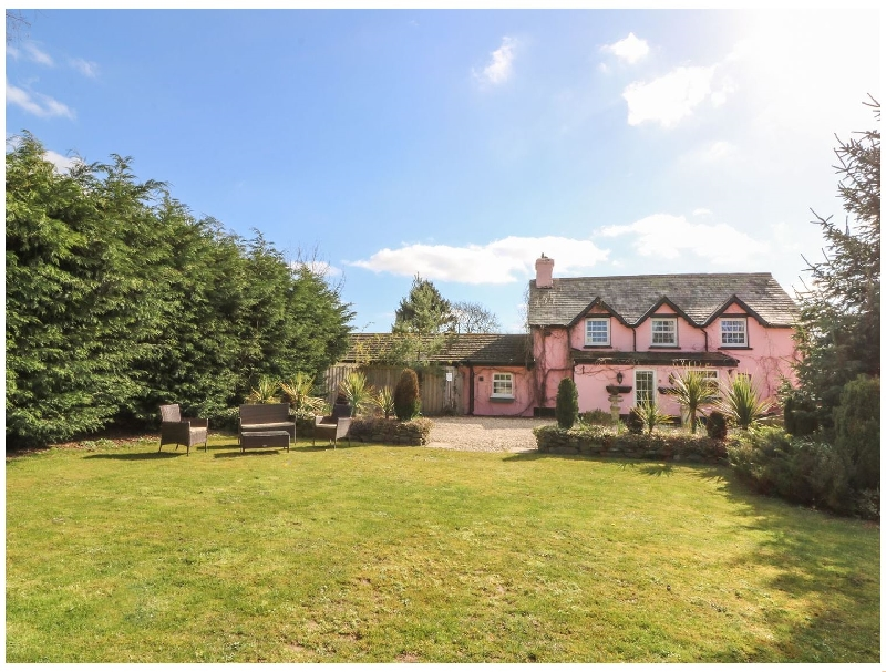Park House a holiday cottage rental for 6 in Crossgates,
