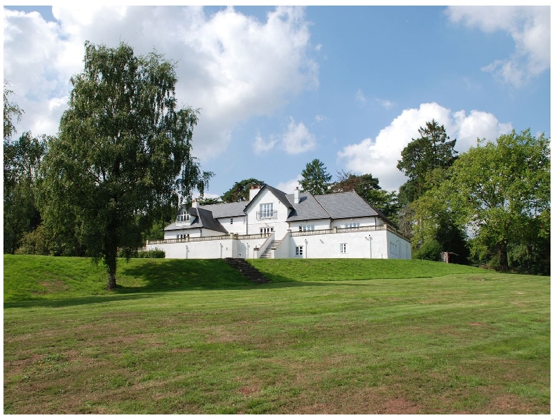Woodbank a holiday cottage rental for 20 in Llanhennock,