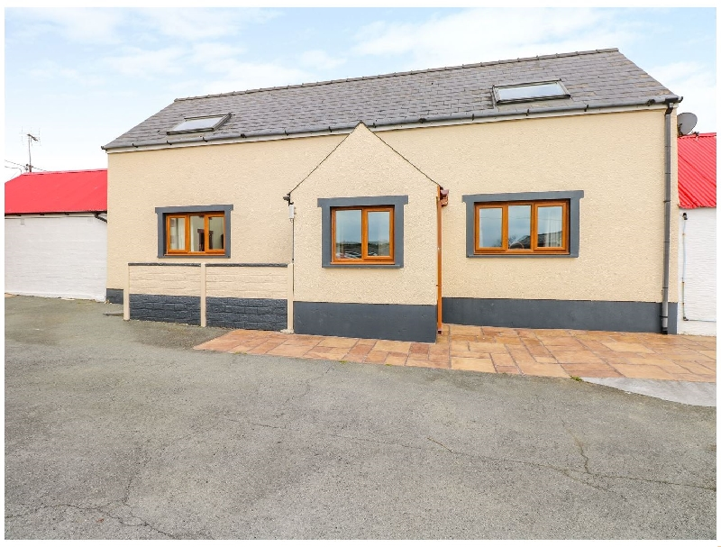 Llwyndrain a holiday cottage rental for 4 in Haverfordwest,
