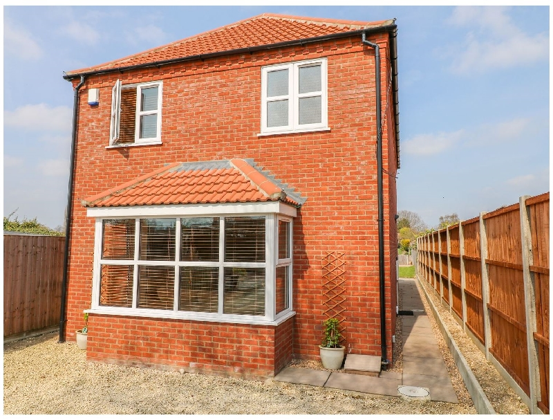 Oak Tree House a holiday cottage rental for 6 in Woodhall Spa,