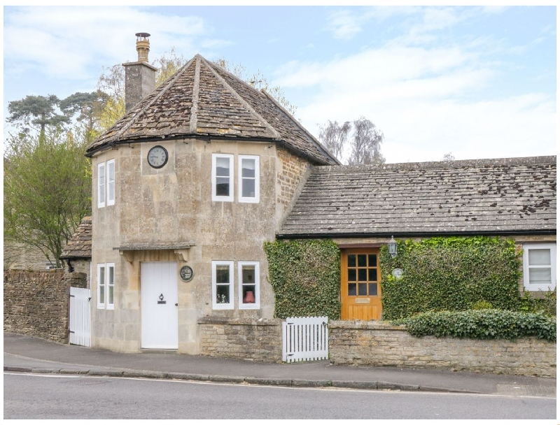 Pike Cottage a holiday cottage rental for 2 in Chipping Sodbury,