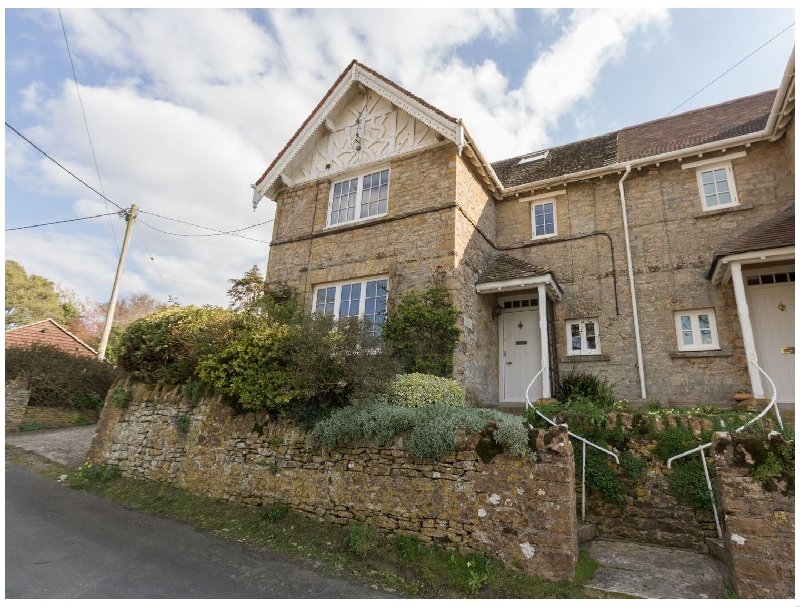 East Cottage a holiday cottage rental for 9 in Weymouth,