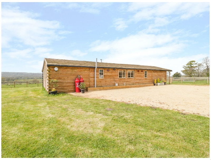 Image of Poll Dorset Log Cabin