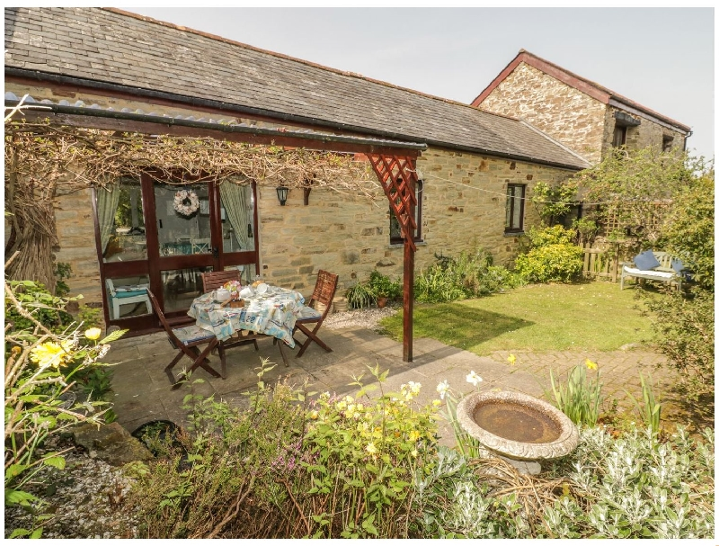 Wagtail Cottage a holiday cottage rental for 4 in East Taphouse,