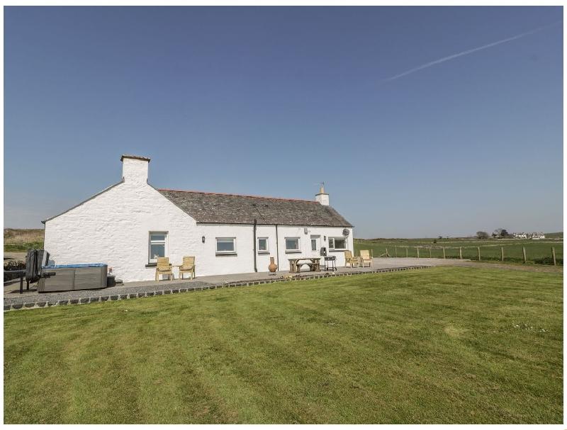 Longforth Farm Cottage a holiday cottage rental for 4 in Glenluce,