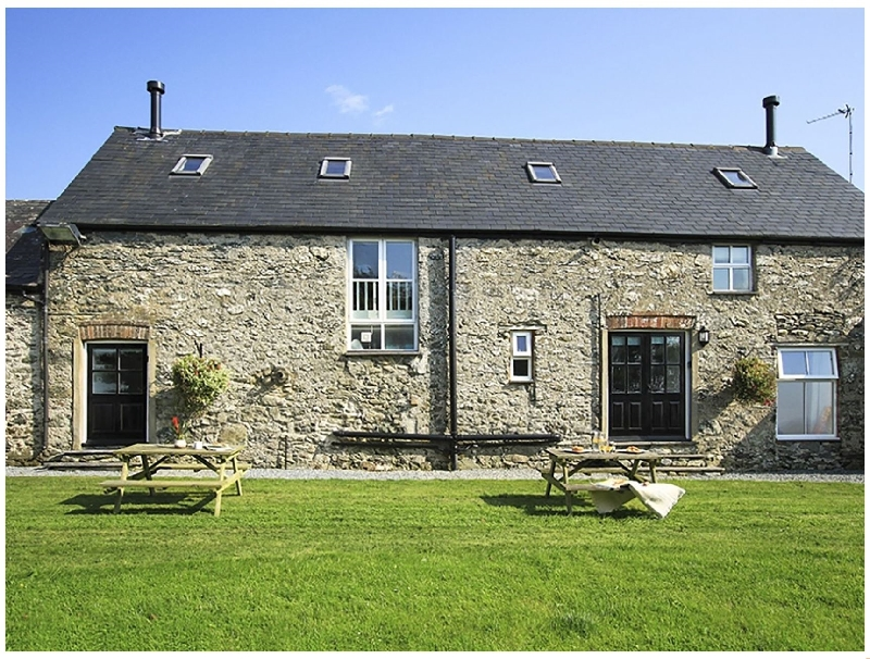 Hilltop 2 a holiday cottage rental for 4 in Caergeiliog,