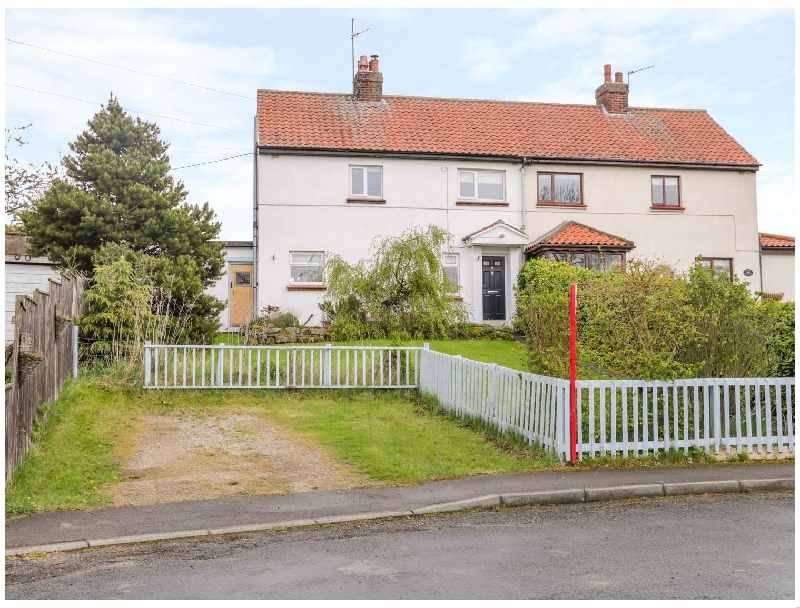 7 Dale End a holiday cottage rental for 6 in Danby,