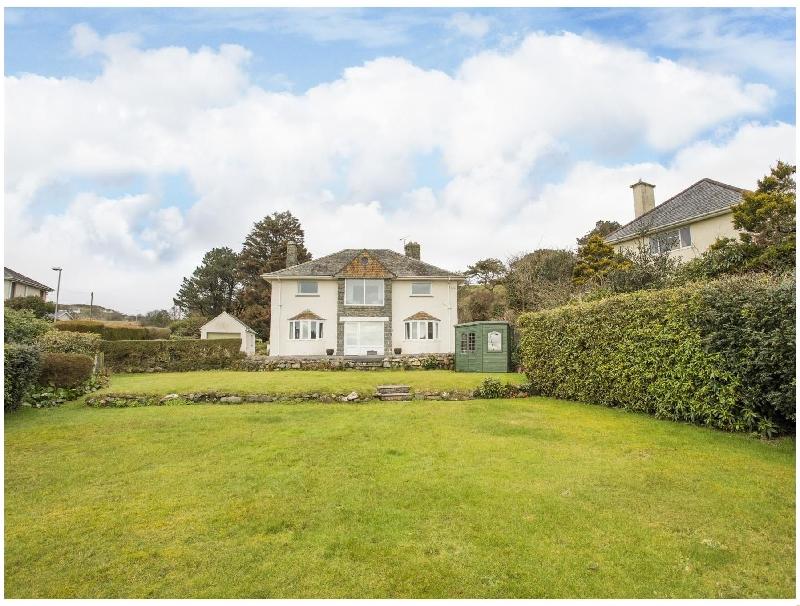 Nant Y Wyddan a holiday cottage rental for 10 in Criccieth,