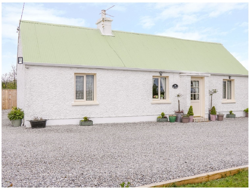 Lettybrook Cottage a holiday cottage rental for 5 in Ballinamore,