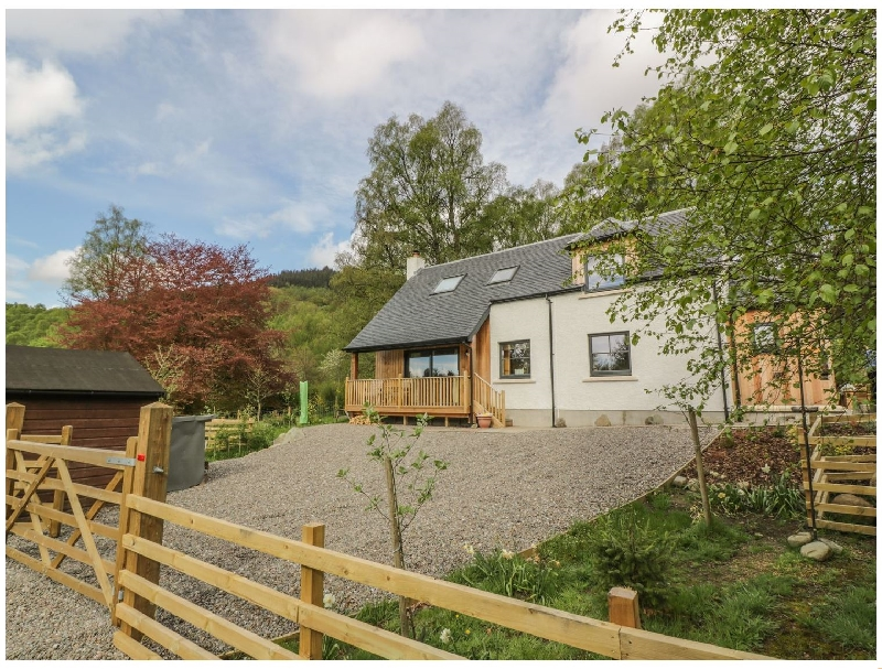 Fois House a holiday cottage rental for 4 in Callander,