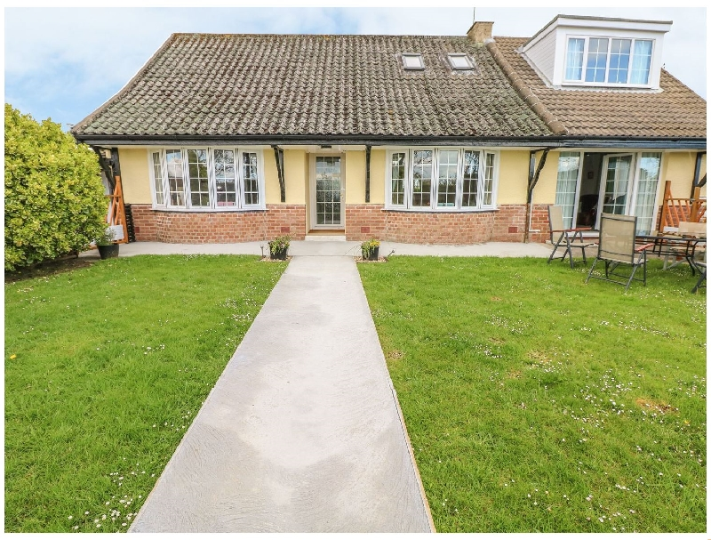 Canina a holiday cottage rental for 8 in Amroth,