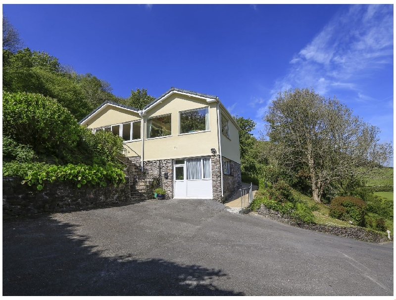 Dolphins a holiday cottage rental for 8 in Salcombe,
