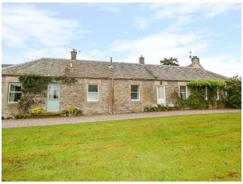 Wester Broich Farm Cottage a holiday cottage rental for 8 in Doune,