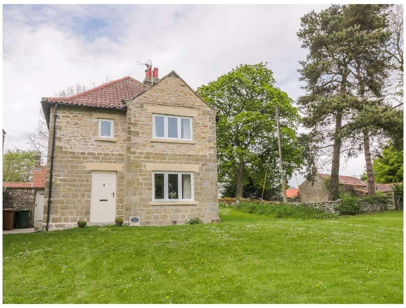 Manor Cottage a holiday cottage rental for 6 in Pickering,