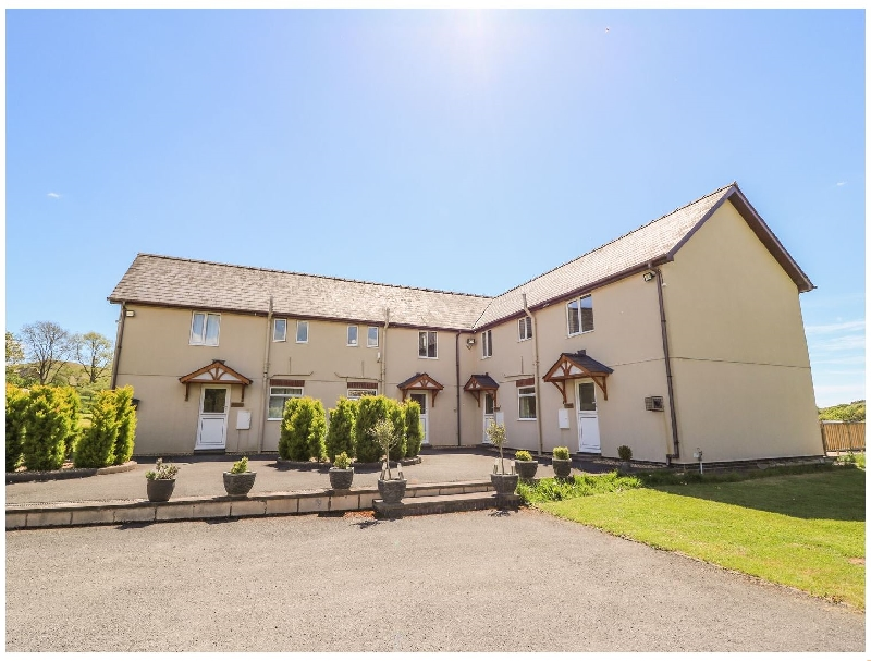 Foxes Meadow a holiday cottage rental for 4 in Howey,