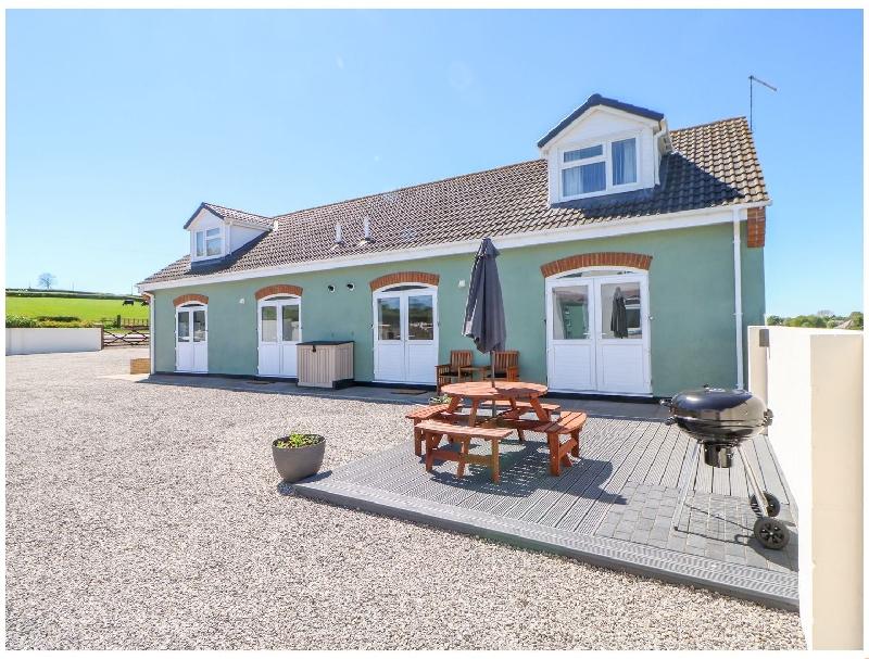 Bracken Cottage a holiday cottage rental for 6 in Shadforth,