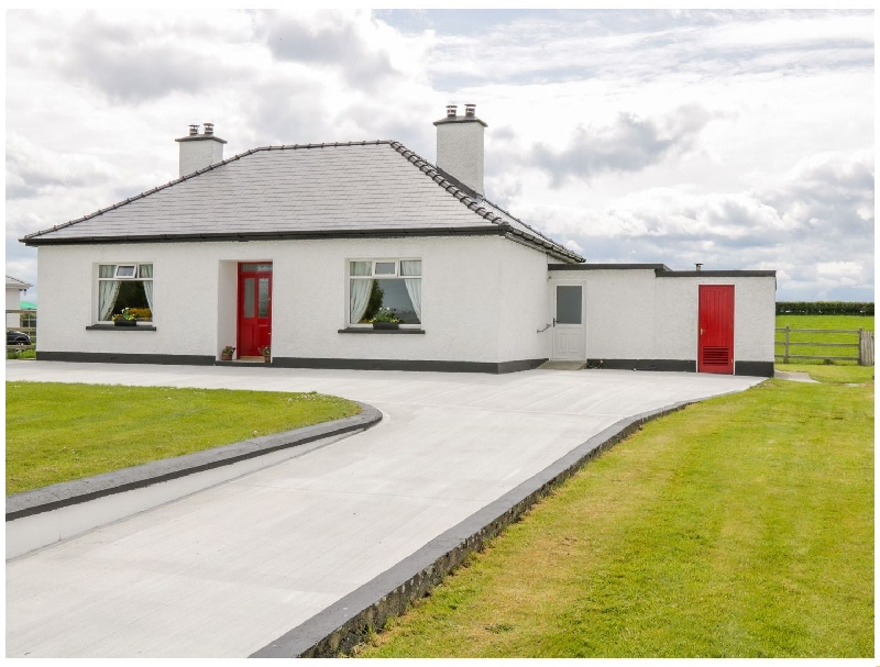 Kate's Cottage a holiday cottage rental for 5 in Ballina,