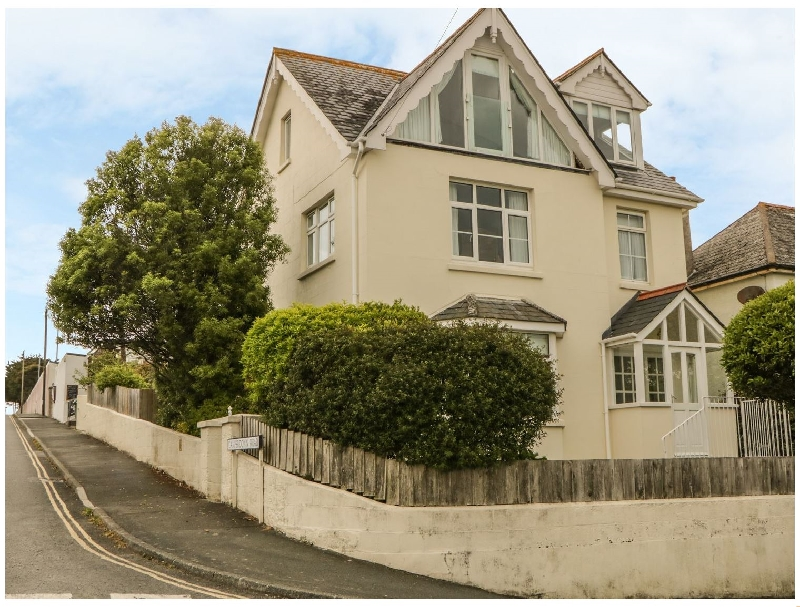 Marine Cottage a holiday cottage rental for 8 in Salcombe,