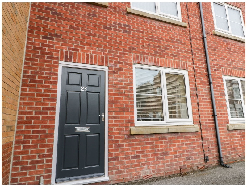 Valiant House a holiday cottage rental for 7 in Scarborough,