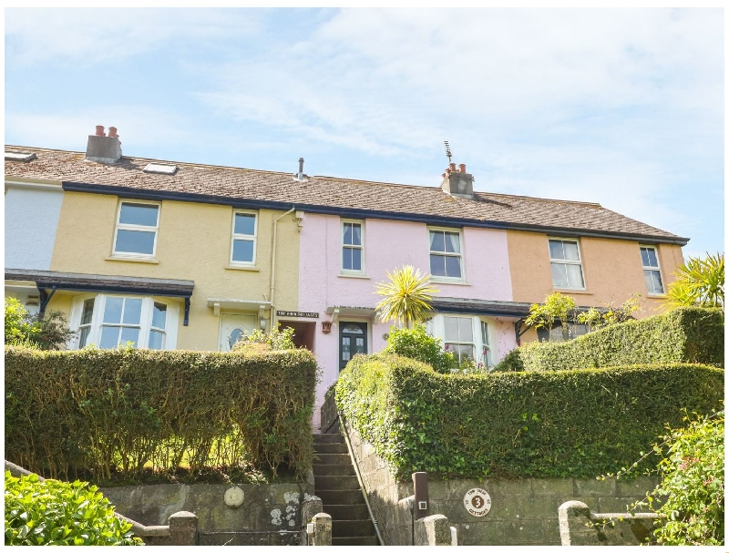 3 Top View Cottages a holiday cottage rental for 6 in Salcombe,