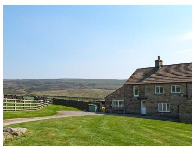 Higher Croasdale Farmhouse a holiday cottage rental for 6 in Fourstones,