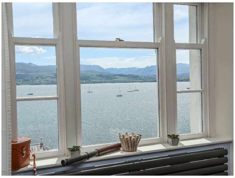 Gadlys House - Beau View a holiday cottage rental for 6 in Beaumaris,