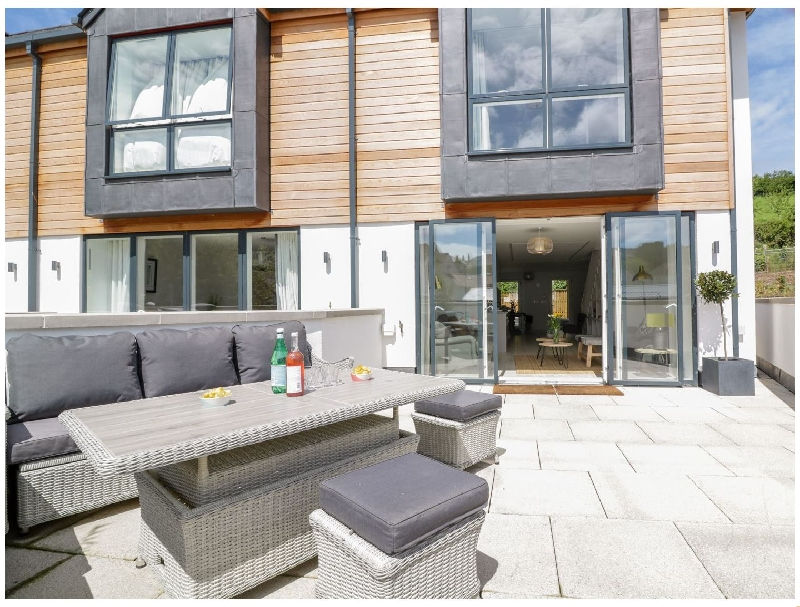 Beachstone- 6 Island Place a holiday cottage rental for 6 in Salcombe,
