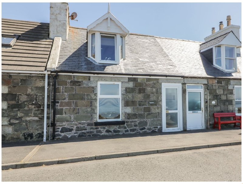 Greystones Holiday Cottage a holiday cottage rental for 4 in Port William,