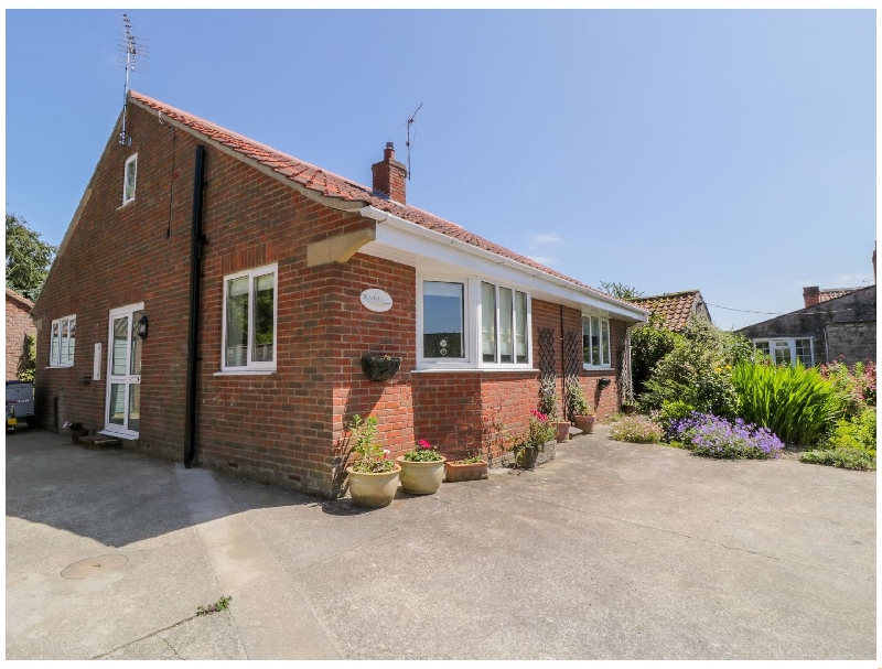 Runswick a holiday cottage rental for 8 in Pickering,