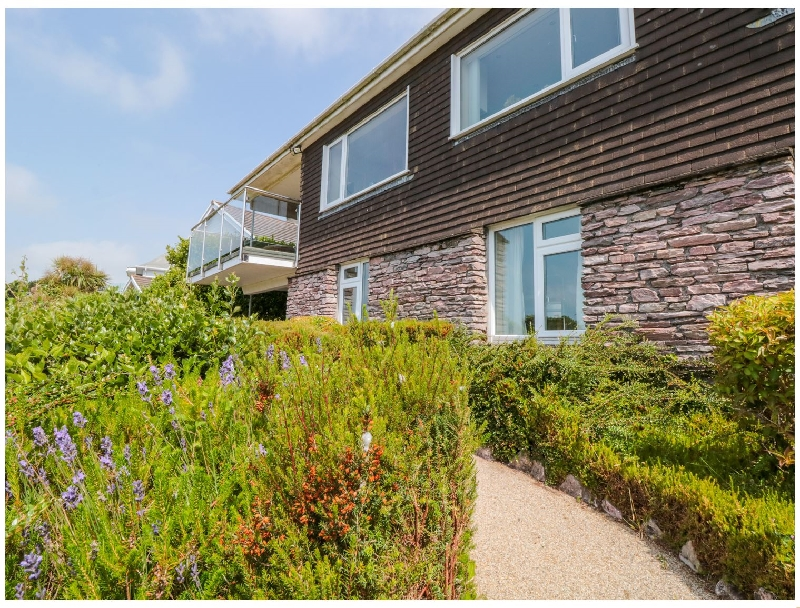 Richmond a holiday cottage rental for 8 in Salcombe,