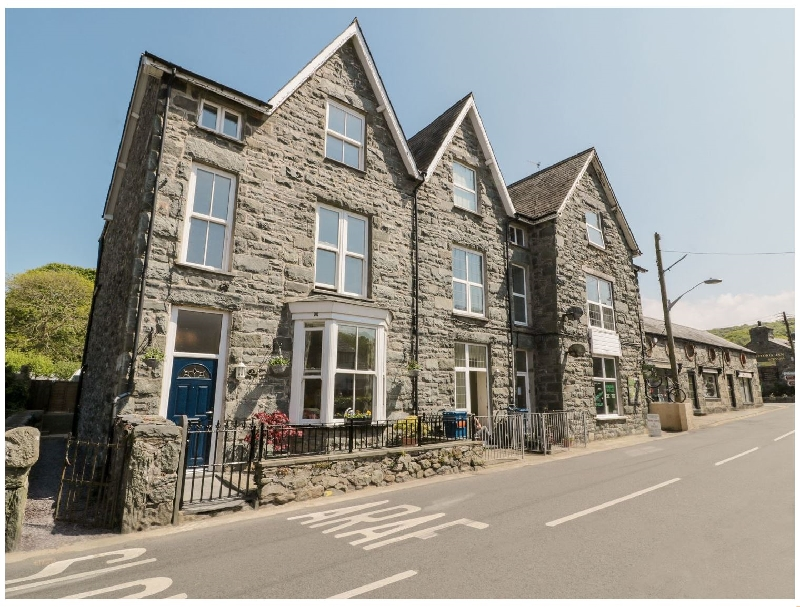 Angorfa a holiday cottage rental for 8 in Llanbedr,