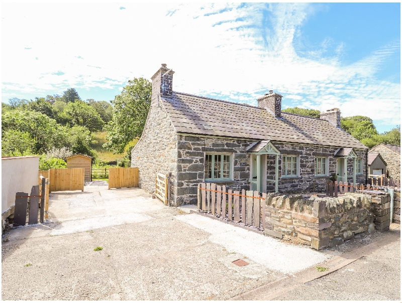 Ffrwdd Galed Uchaf a holiday cottage rental for 5 in Tregarth,