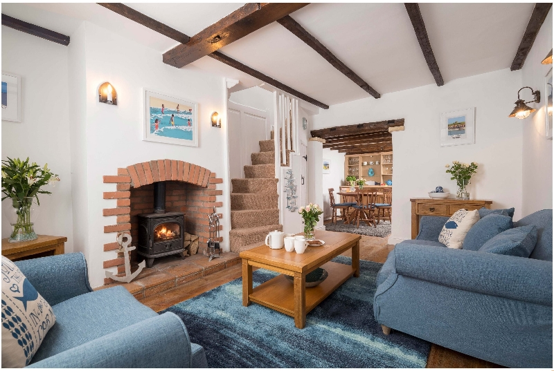 Fossil Cottage a holiday cottage rental for 4 in Whitby,